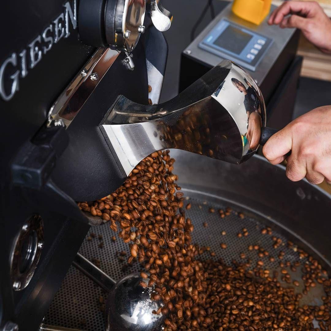 ان شرب القهوة الطازجة هي رحلة طويلة تبدء بزراعة بذور البن الى ان تدب فيها الحياة وتليها محطات النضج والاستواء ثم الق How To Dry Basil Food Stove Top Espresso