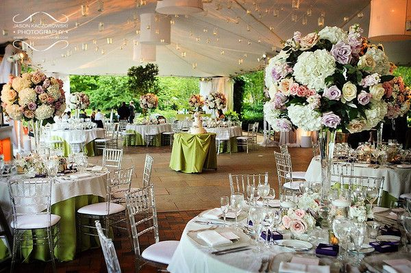 LOVE this romantic wedding look - Chicago Botanic Garden wedding  LOVE seeing my weddings on here!!!!