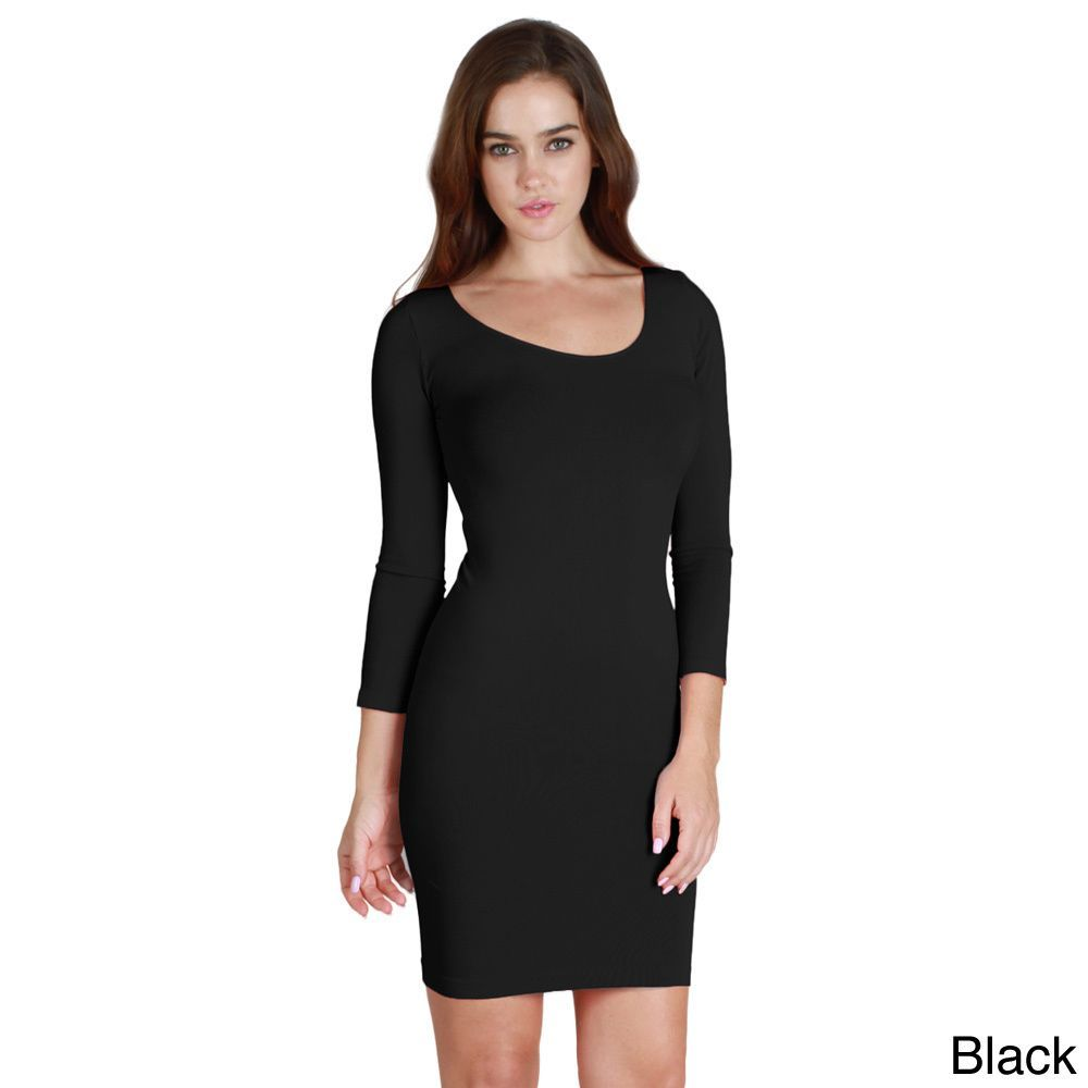 This flirty short dress features a seamless slim fit with