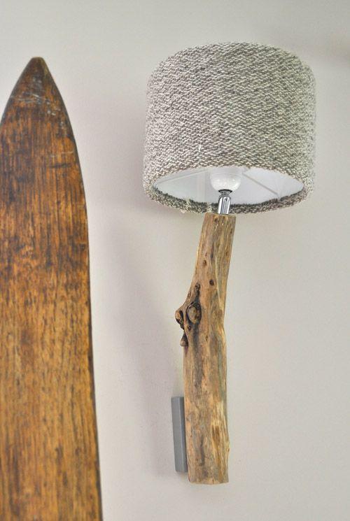 applique sobre chic et d co en bois flott et laine luminaire deco inspiration light. Black Bedroom Furniture Sets. Home Design Ideas