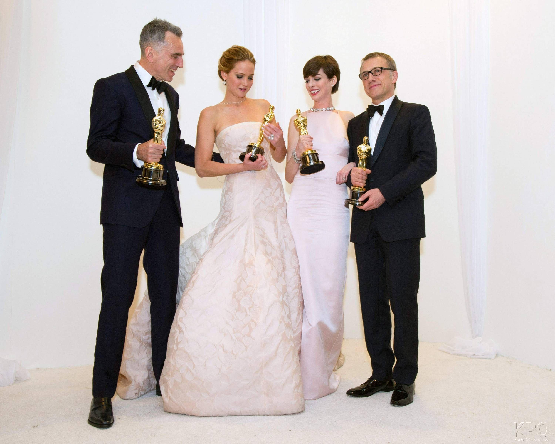 85th Academy Awards | Wedding dresses lace, Jennifer ...