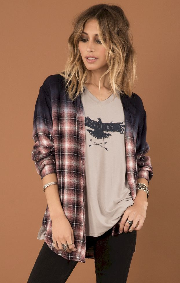 ef9f2303ea3 55 Casual Flannel Shirt Outfits for This Summer