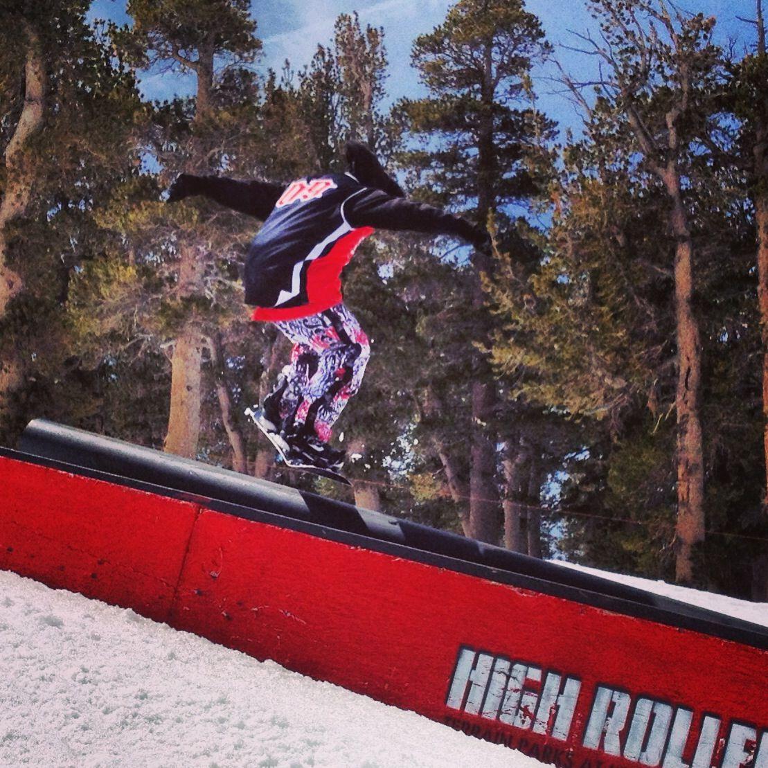 Hitting That Rail At High Roller Terrain Park At Heavenly Mountain Ski Resort Www Arctivity Com Ski Resort Heavenly Resort Resort