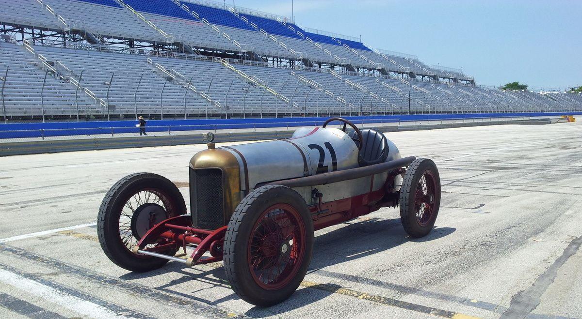 20120707_204400.JPG 1,200×659 pixels | Vintage race cars ...