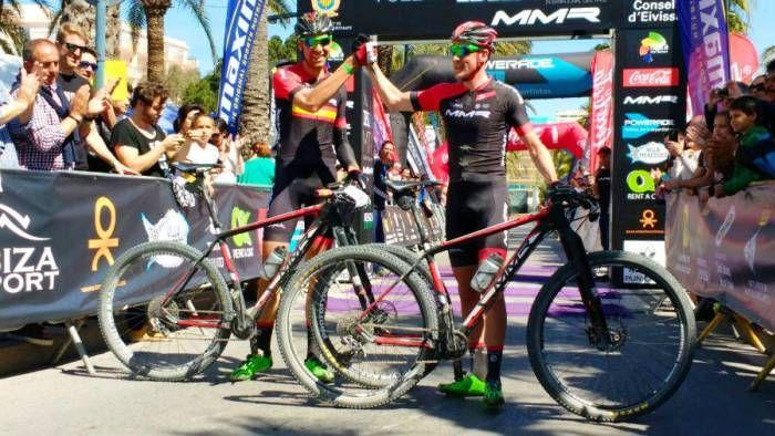 David Valero y Pablo Rodríguez (MMR Factory Racing Team) líderes de la Vuelta a Ibiza MTB 2016