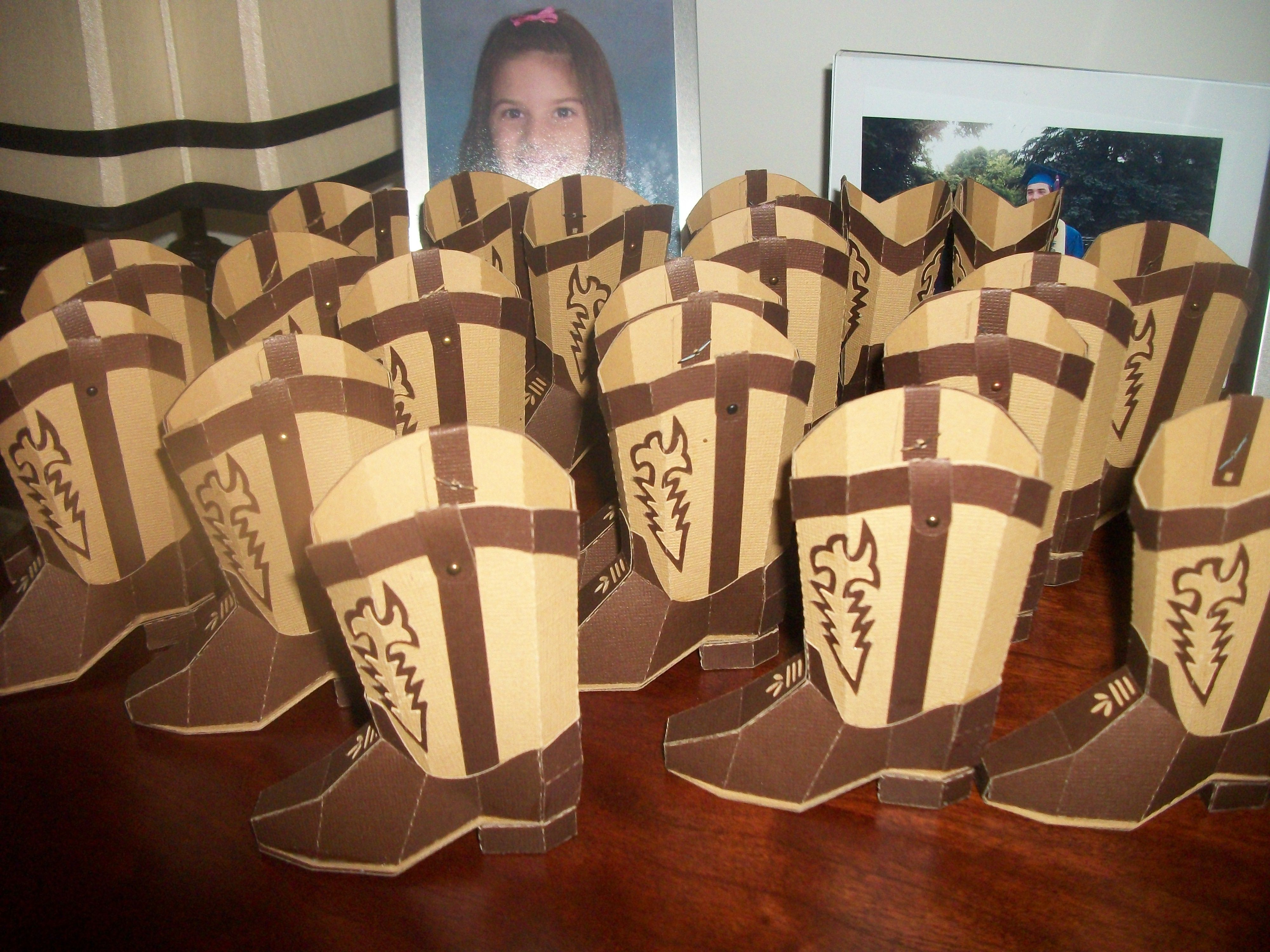 cowboy boot favor boxes I made with my silhouette for a wedding