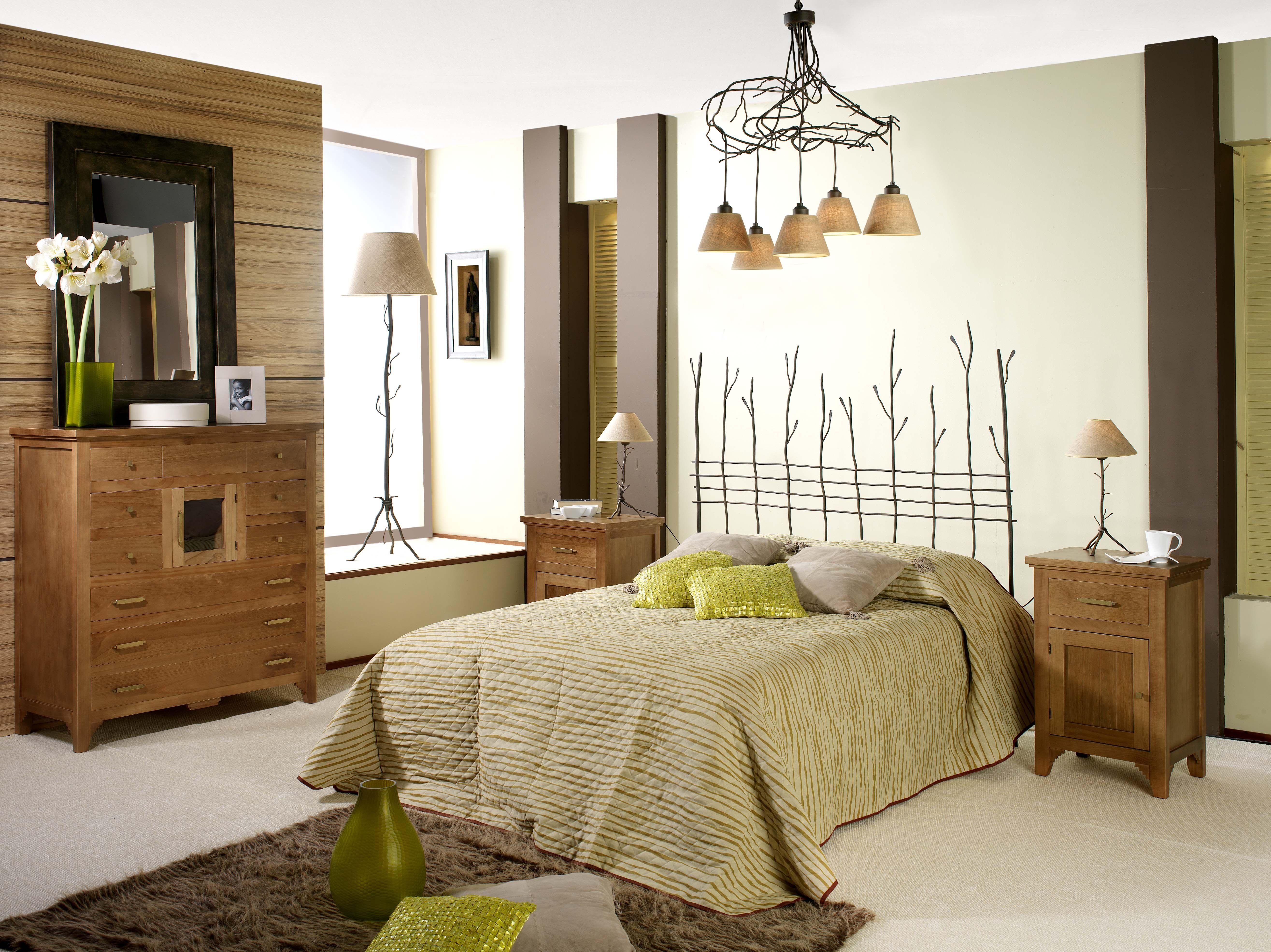 Dormitorio de forja y madera mod Nature fabricado a mano tonos