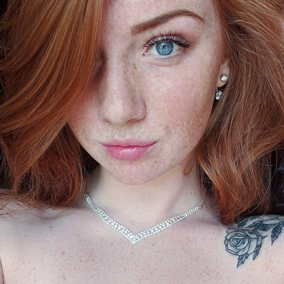 Just Beautiful Redheaded Ladies Red Hair Woman Beautiful Freckles Beautiful Red Hair