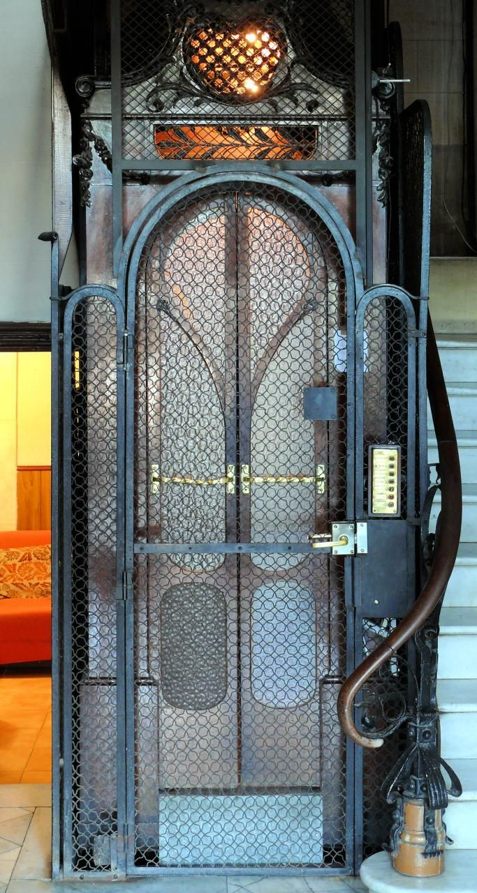 Arnim schulz barcelona mallorca antique elevators