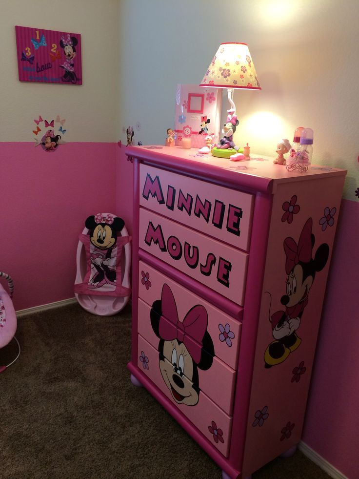 Custom Minnie Mouse Dresser In An Amazing Themed Toddler Bedroom Any Little Girl Would Be Delighted To Have A Room Like This