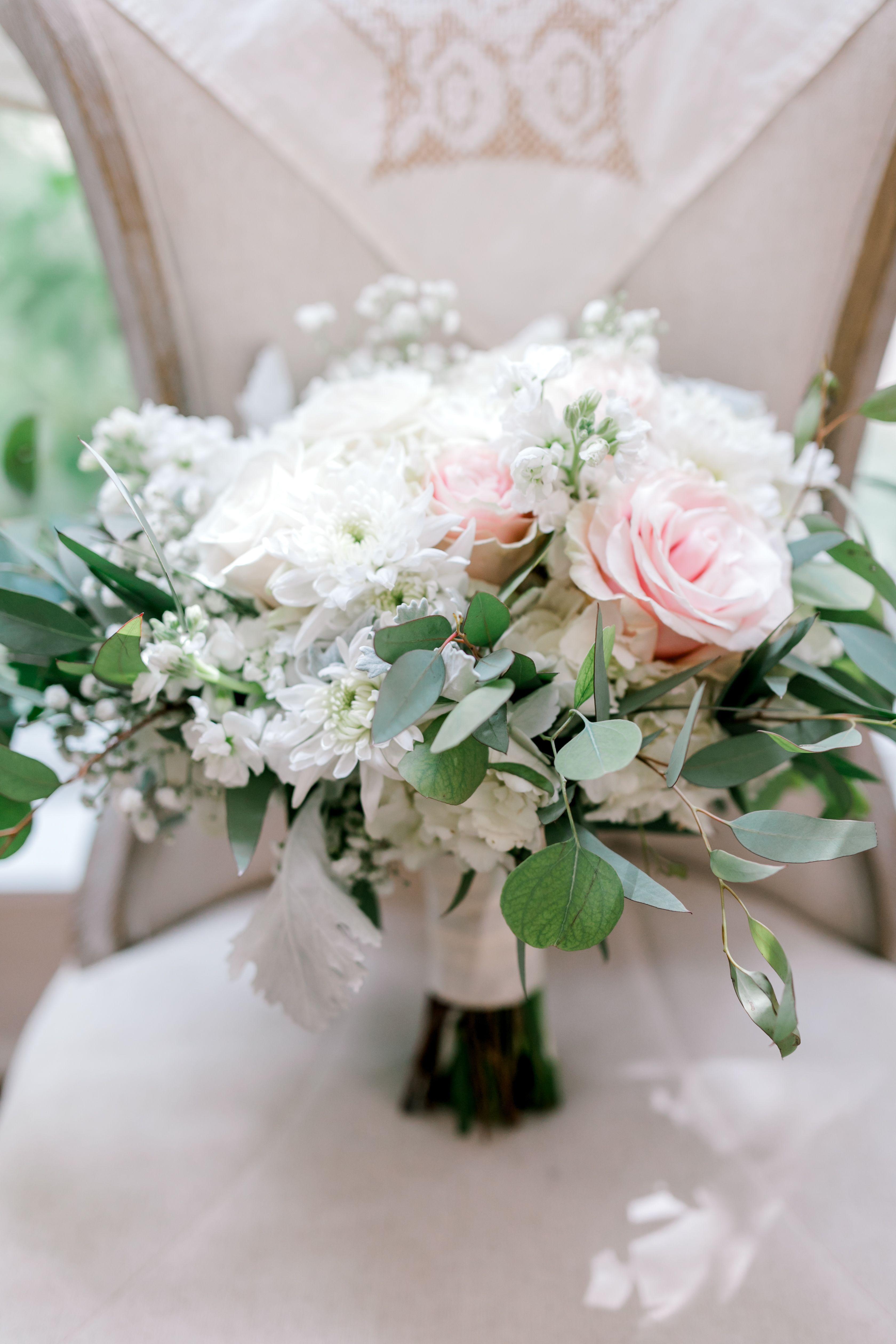 Oakleaf Florist Monica Roberts Photography Wedding Weddings Bridetobe Beautiful Wedding Flowers Hill Country Wedding Texas Hill Country Wedding