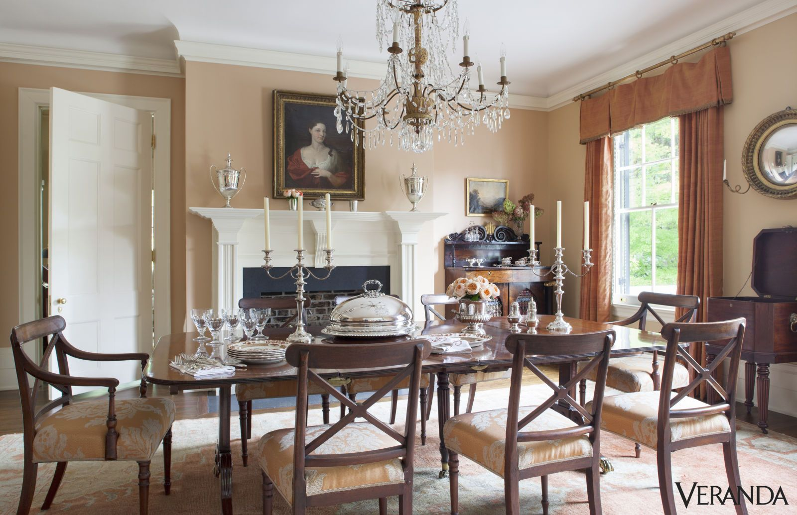 15 Antique Chandeliers That Will Make Every Day Feel Luxurious Greek Revival Homemahogany Dining Tabledining