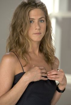 Jennifer Aniston – The Break-Up movie photo gallery 2