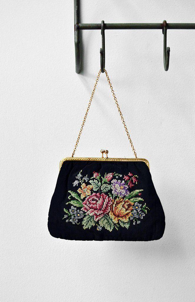 English Charm Purse / vintage 1950s needlepoint bag / vintage 50s purse:
