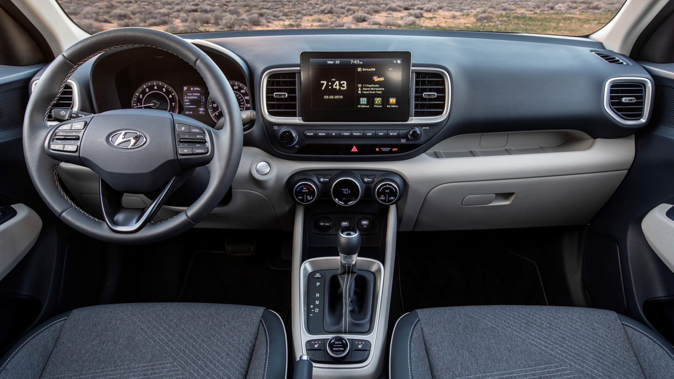Hyundai Venue Mileage In India 2020 Picture Di 2020