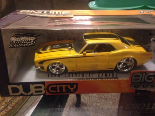 1968-Chevrolet-Camaro-Big-Time-Muscle-Jada-Toys-Dub-City-Yellow-1-18 ...