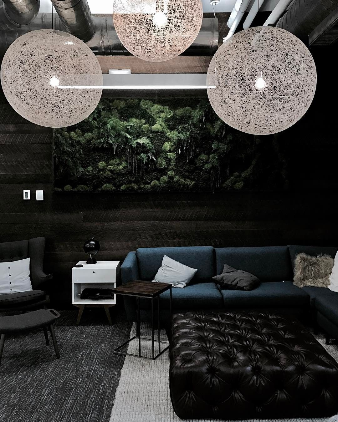 random light by berjan pot via moooi www. Black Bedroom Furniture Sets. Home Design Ideas