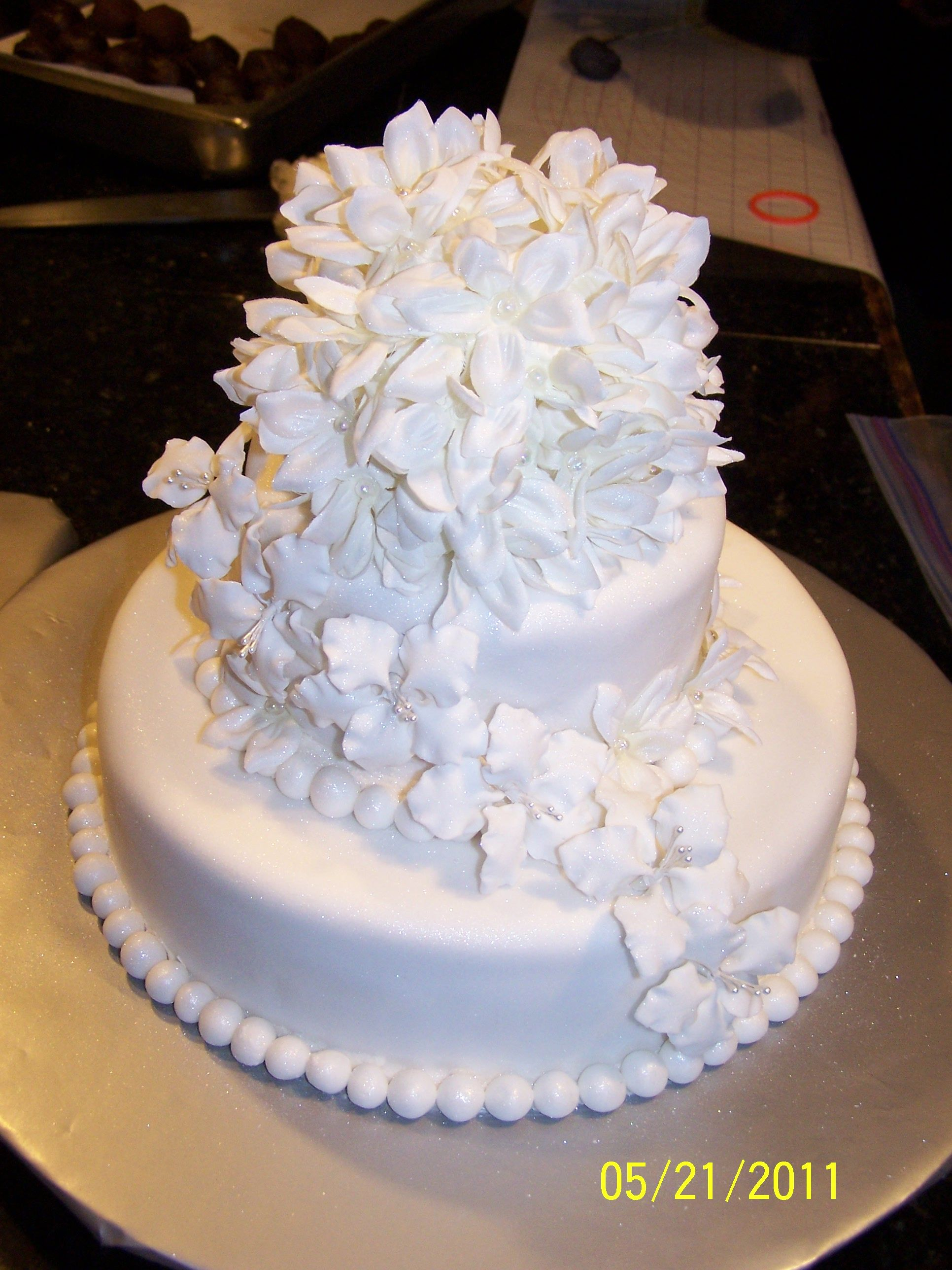 Wedding cake we created with edible flowers. | Cakes we\'ve made ...