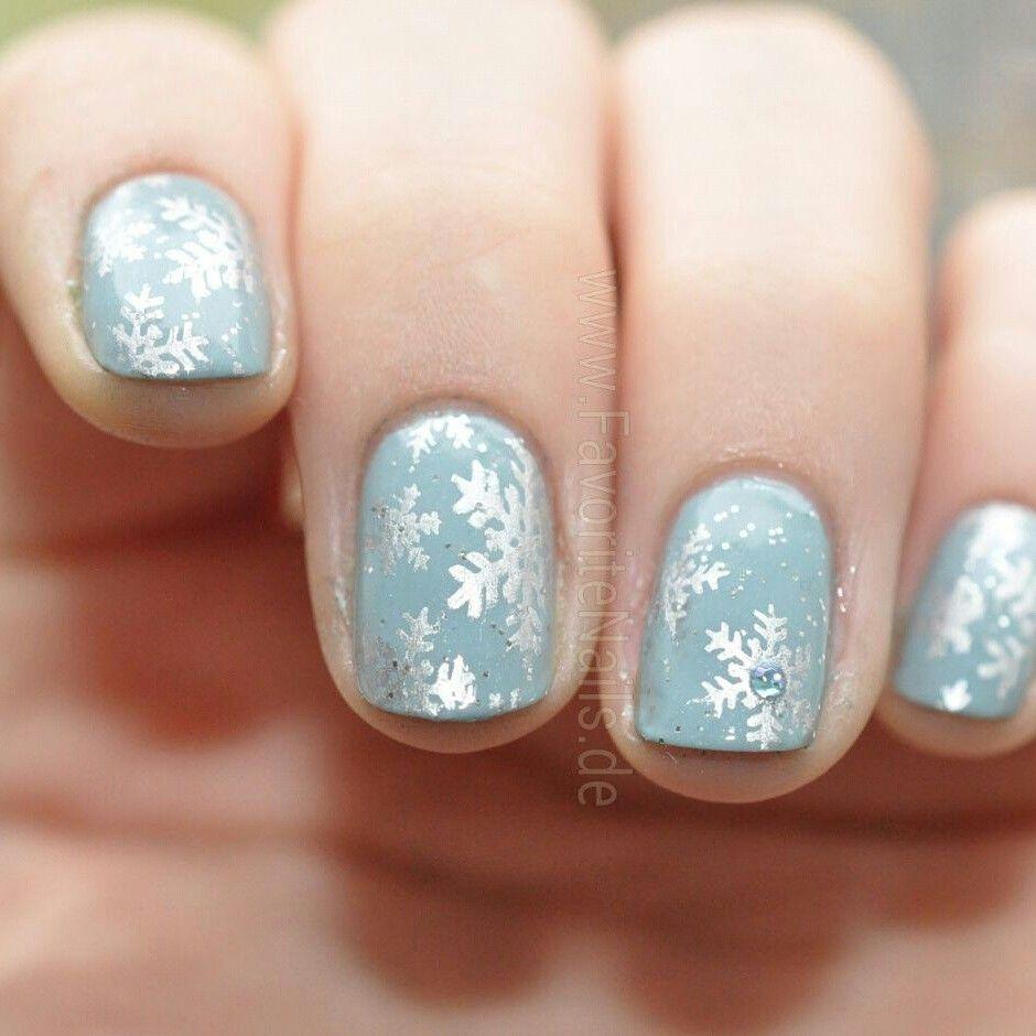 Mehr Nageldesigns gibt es auf www.frauenseite.net/ | Christmas Nails ...