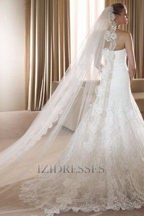 One-tier Cathedral Bridal Veils With Lace Applique Edge IZIPJ1169 - IZIDRESSES.com at IZIDRESSES.com