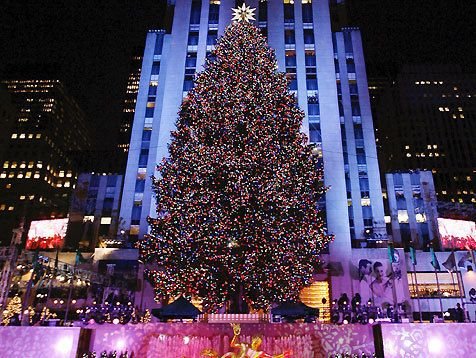 times square christmas tree new york city christmas nyc. Black Bedroom Furniture Sets. Home Design Ideas