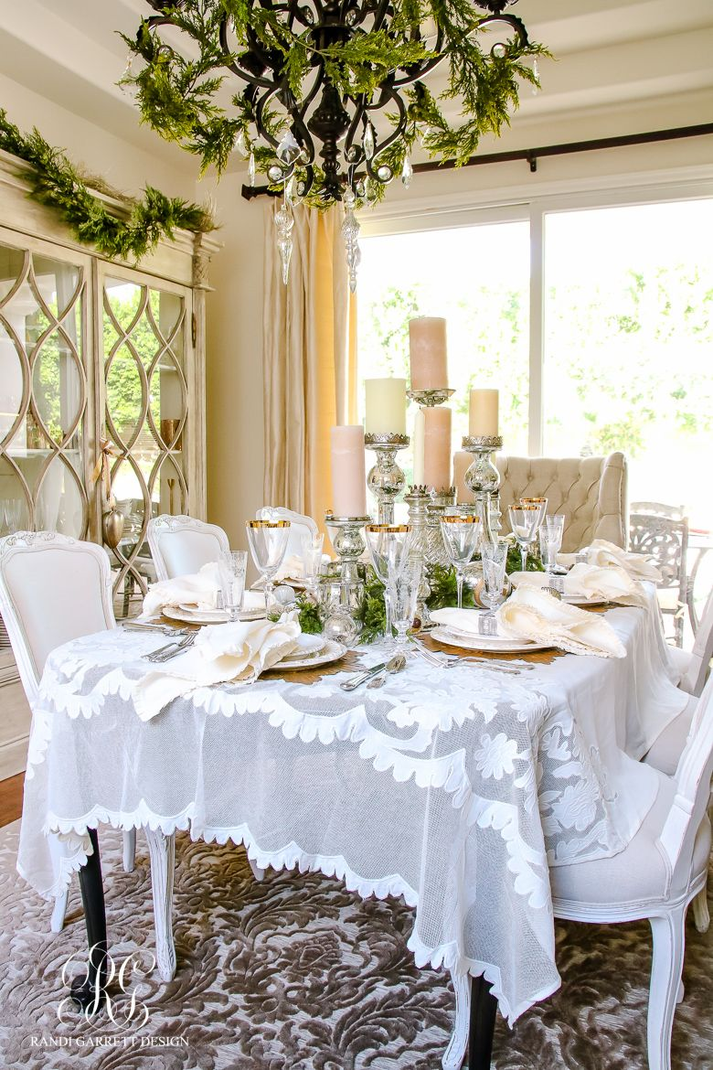 White Table Cloth Dining Room Decorating Ideas