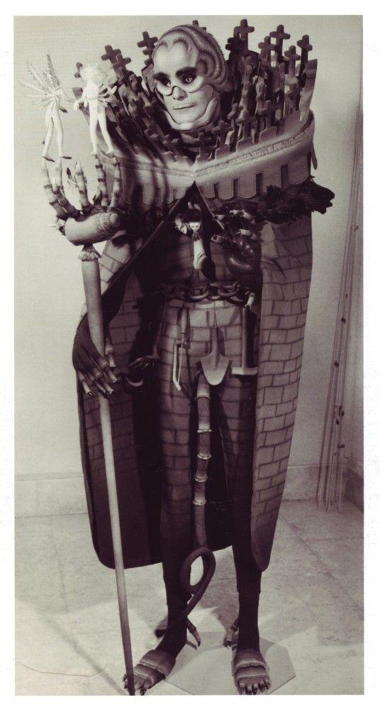 Vintage Halloween Costumes Are Unintentionally Terrifying #halloweencostumesformen