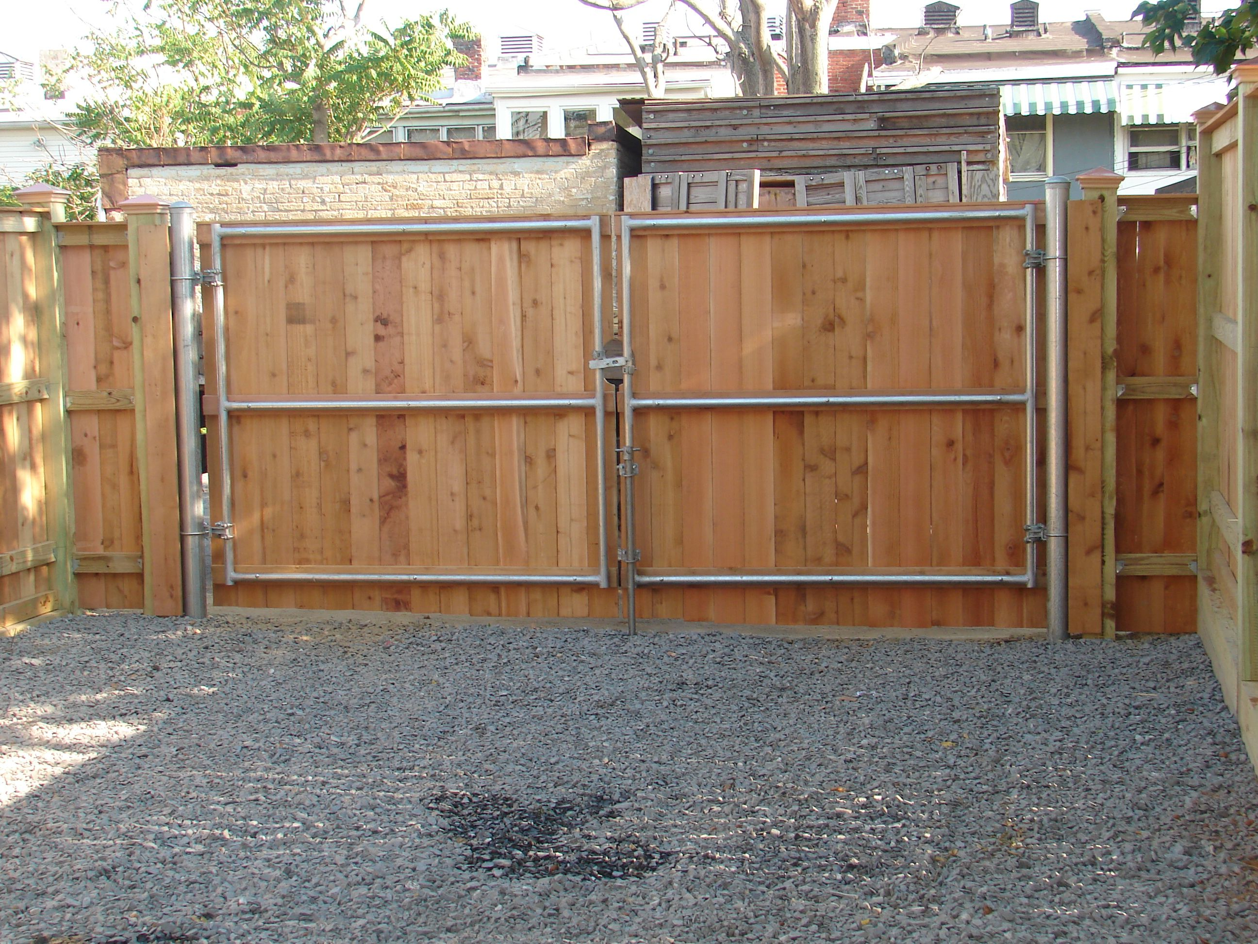 6 Foot Wood Solid Board Double Gate On Metal Frame Chain Link Fence Gate Backyard Fences Fence