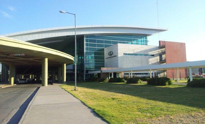Aeropuerto Internacional de Córdoba Ing. Ambrosio Taravella (COR) en Ciudad de Córdoba, Córdoba