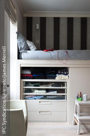 wandschrank unter dem hochbett podest inspiration raum schlafzimmer und hochbett. Black Bedroom Furniture Sets. Home Design Ideas