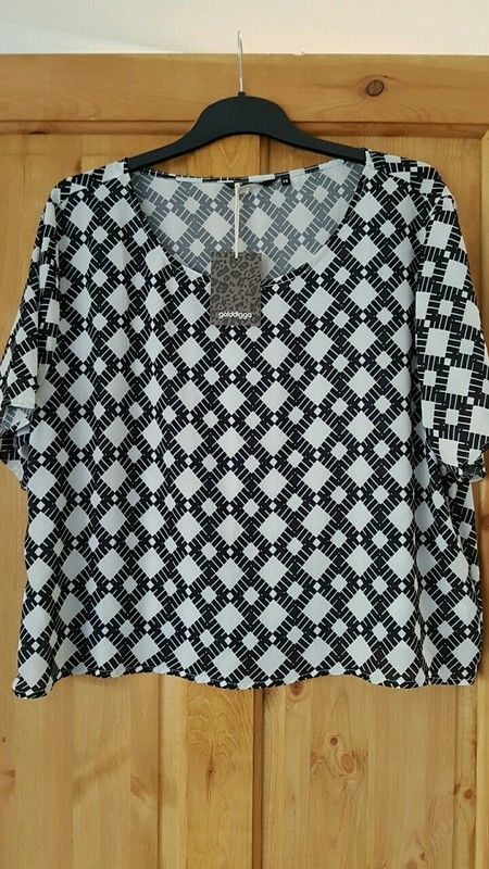 f8fc3c6e0 Brand new with tags golddigga top size 16 XL