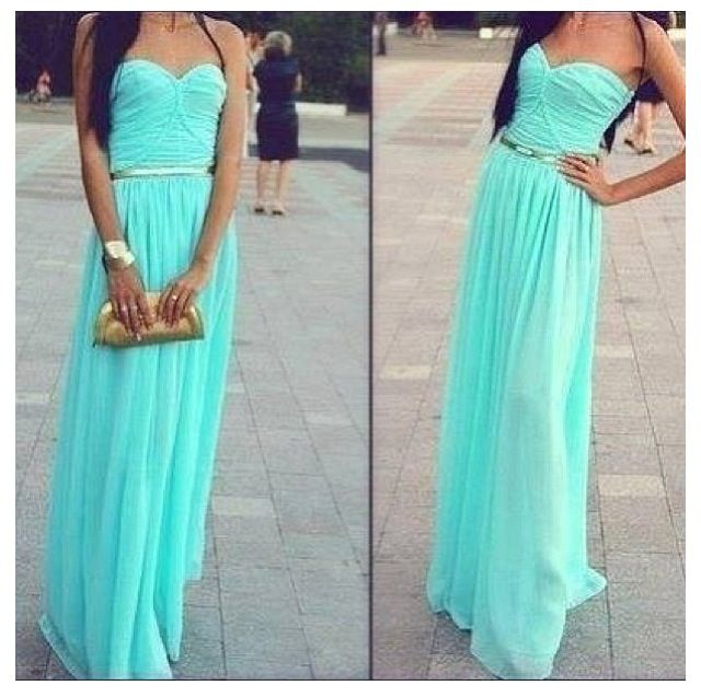 Simple Elegant 2015 Women Summer Wedding Dresses Flowing: Light Blue Summer Dress Flowing In The Wind
