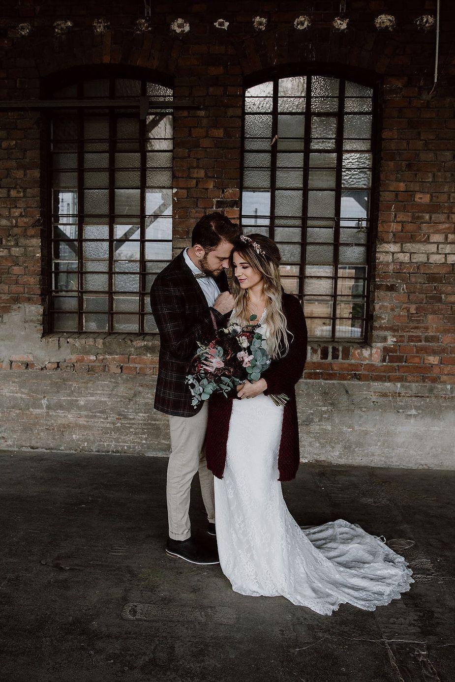 Eine Romantische Inspiration Fur Moody Winterhochzeiten Hochzeitsfotograf Hochzeit Hochzeitsbilder