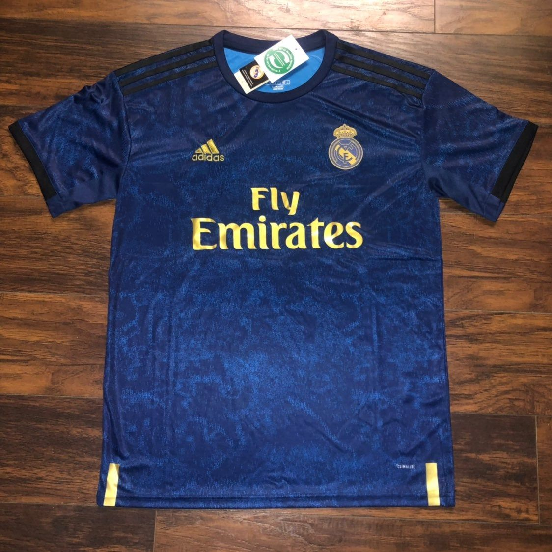 Brand New With Tags Real Madrid 3rd Kit 19 20 Jersey Runs Fitted Real Madrid 3rd Kit Mens Tops Mens Polo Shirts