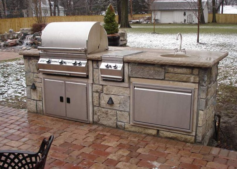 Straight Outdoor Kitchen 9 With