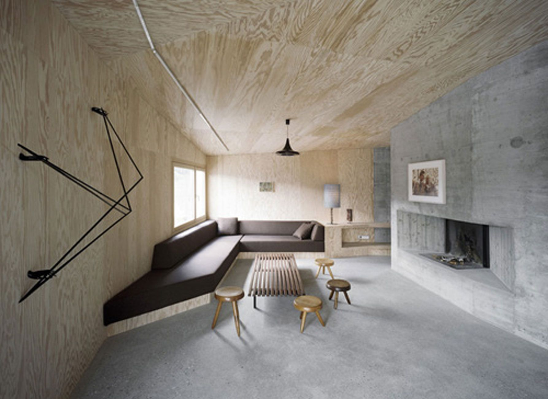 Solid concrete house architecture and minimalist interior for Minimalist house interior design