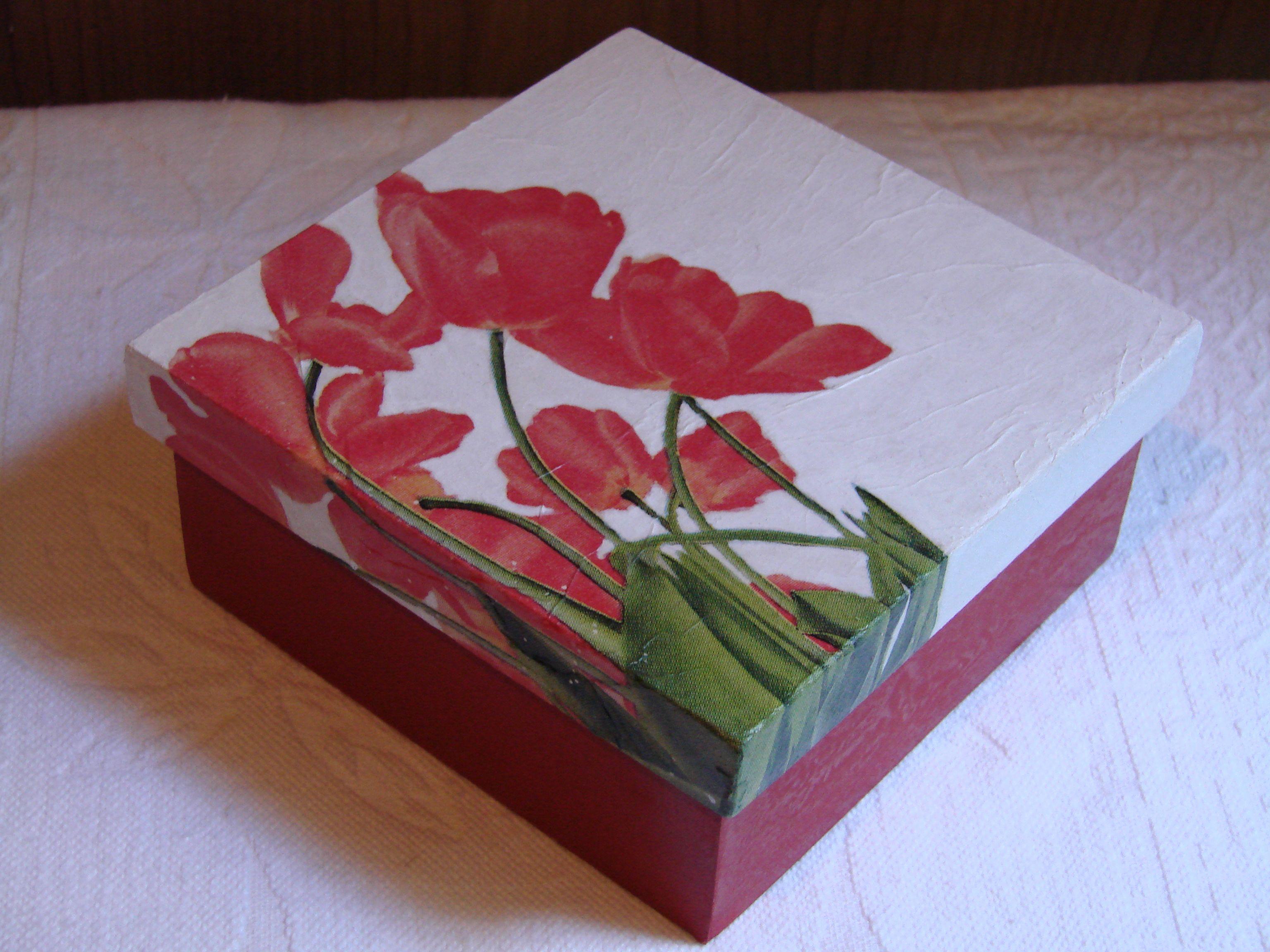 Cajas decoracin amazing cajas de madera para decorar baos - Decorar cajas de madera con servilletas ...