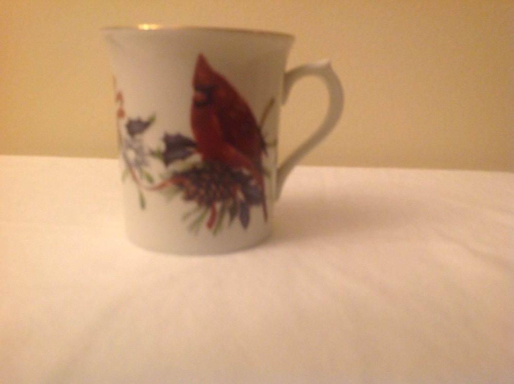 Lenox winter greetings mug cardinals fine porcelain 375 high lenox winter greetings mug cardinals fine porcelain 375 m4hsunfo