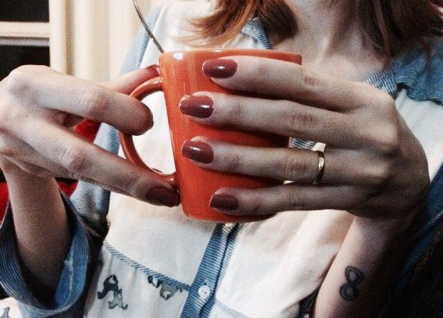 A blogueira Denise Barcelos do insta: debarcelos_ , usou pijama Jogê numa noite de frio e muito relax