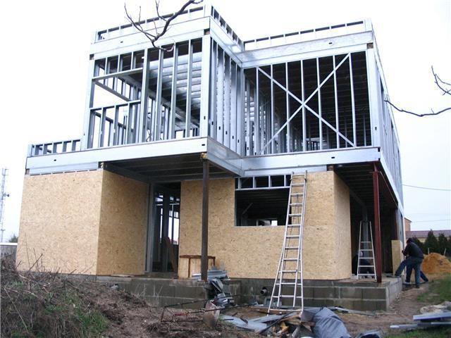 Habillage des murs extérieur de lu0027ossature acier Maison ossature