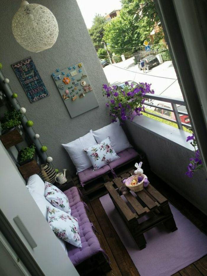 Balkongestaltung - ein kleiner Ort voller Entspannung und Romantik #apartmentbalconydecorating