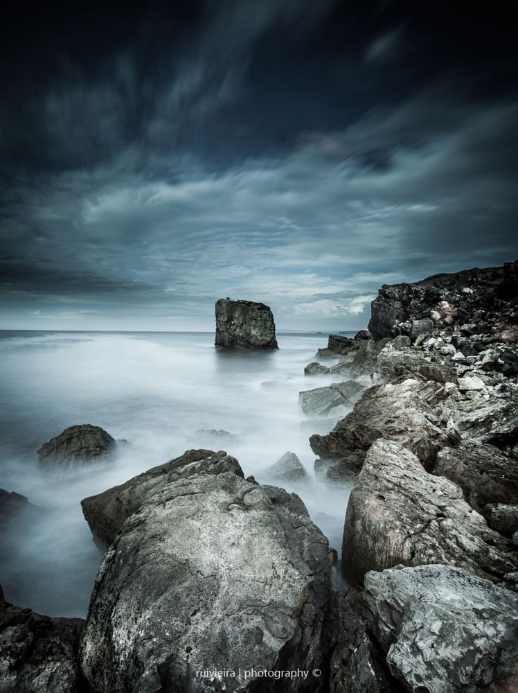 Loose rocks by Rui Vieira on 500px