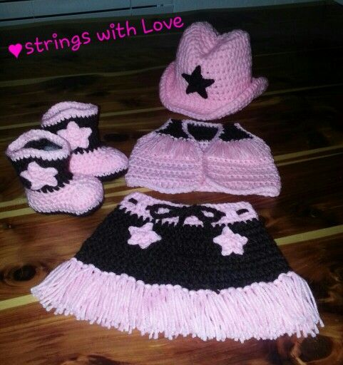 Free Crochet Pattern For Cowgirl Skirt : Newborn cowgirl set! Hat and boots patterns from The ...