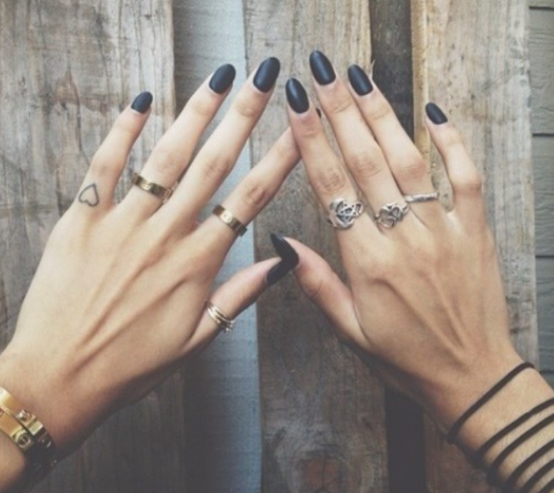 20 Tiny, Beautiful Micro Tattoos That Prove Subtle Things Can Be The Most Powerful — PHOTOS