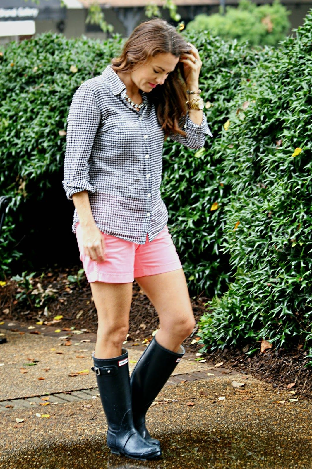 Buy How to rain wear boots with shorts pictures trends