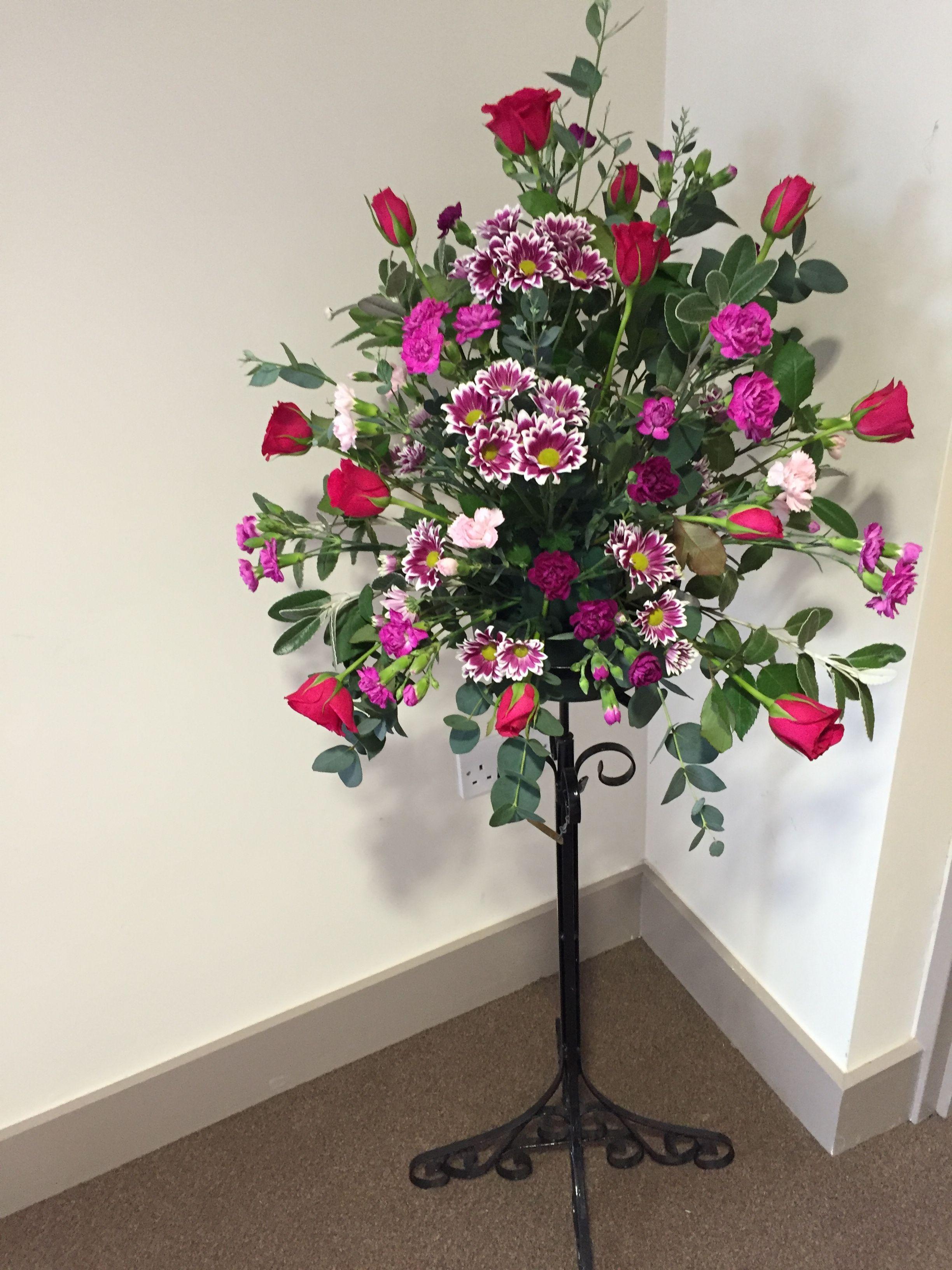 Pin By Mina Bagher On Flower Arrangement Church Flower