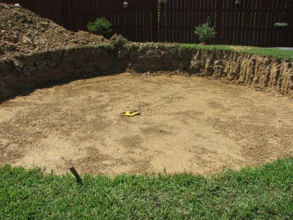 Avant du0027enterrer, il faut creuser amenagement,piscine Pinterest