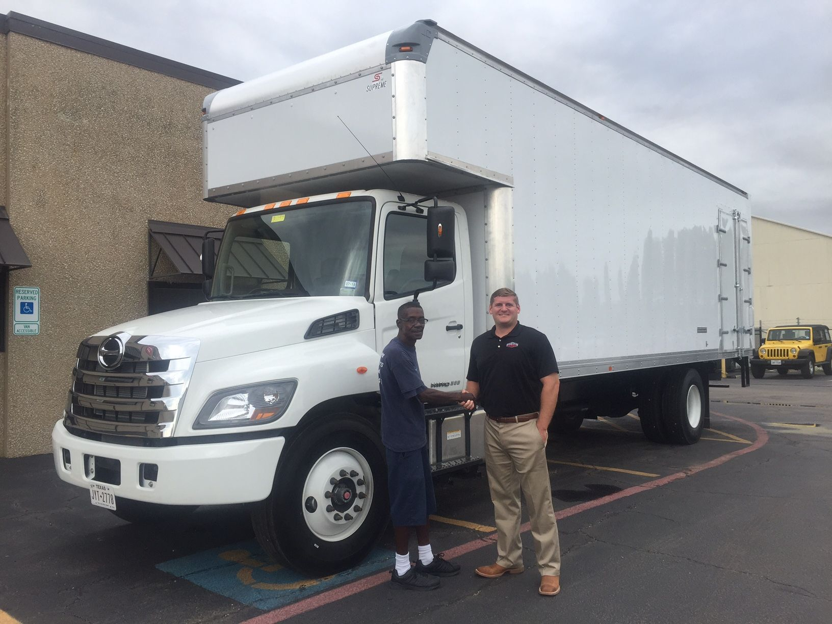 small resolution of hino 268 26ft box truck with custom top attic and side door hino trucks box moving