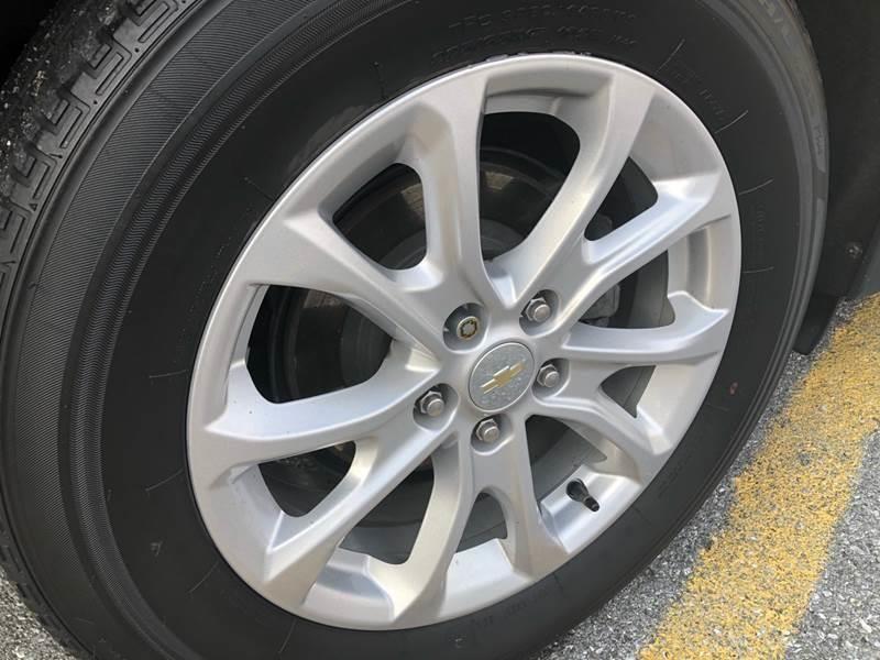 2018 Chevrolet Equinox LS 4x4 4dr SUV w/1LS Chevrolet
