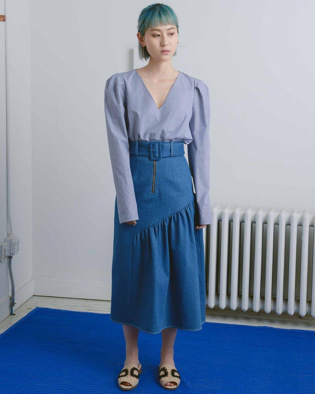2b5b81cac6 Midi Denim Skirt Pinterest | Saddha